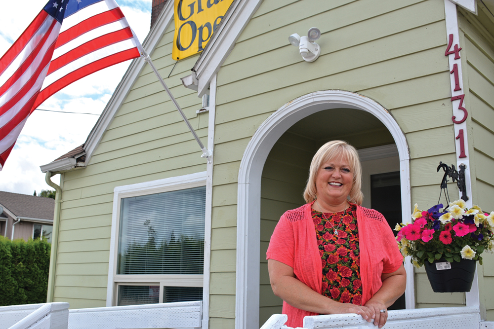 Longtime broker hangs new shingle on River Road
