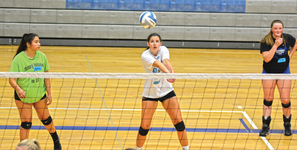 McNary hosts volleyball camp