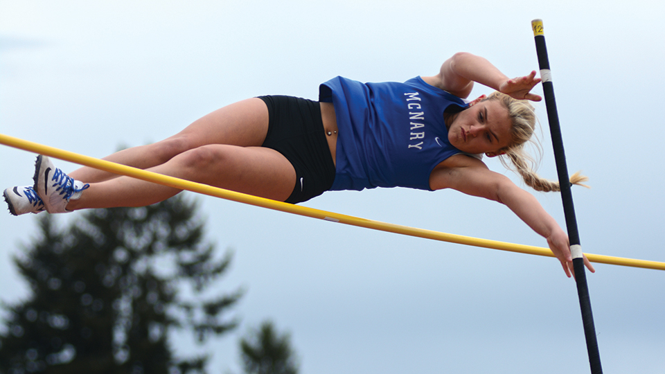 Foot by foot: Debban PRs in vault