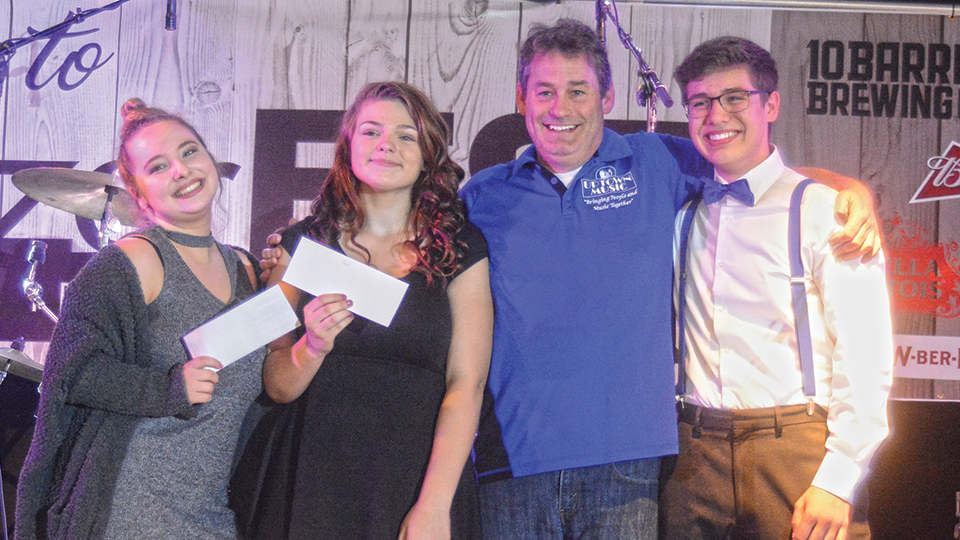 McNary sophomore wins talent show